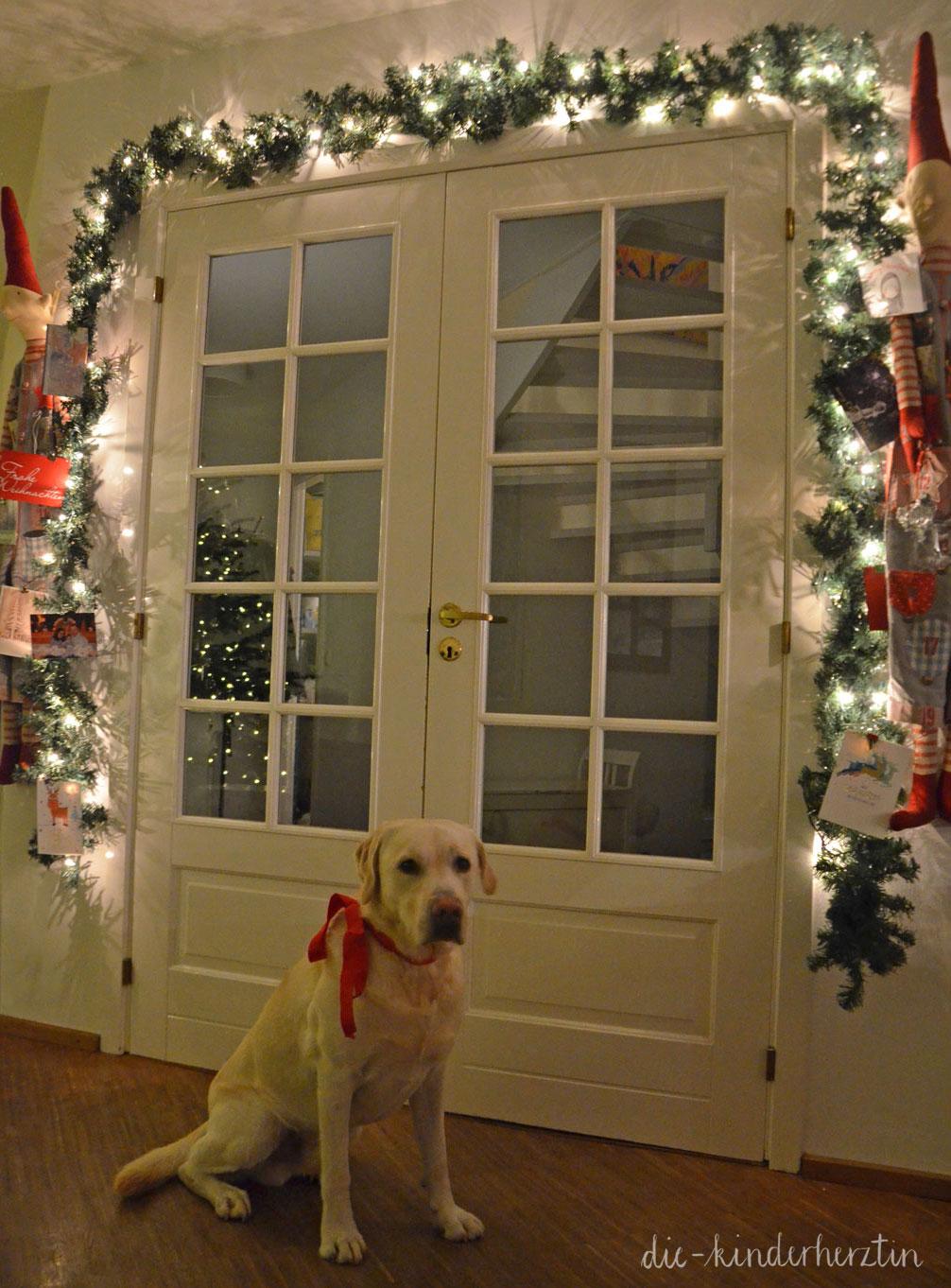 Weihnachten 2017 Weihnachts-Deko mit Hund die-kinderherztin