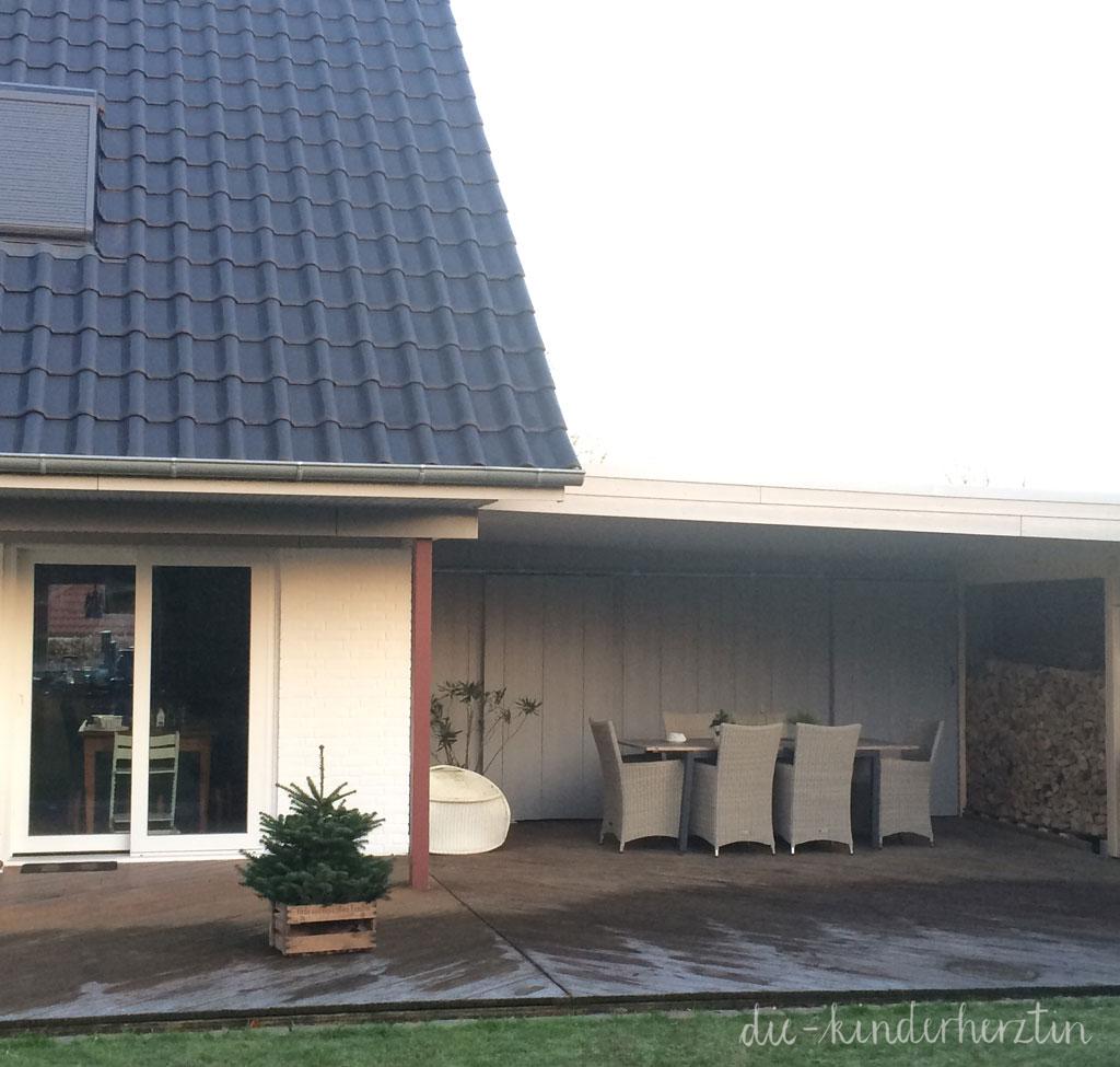 Haus und Terrasse nach Beendigung der Baustelle die-kinderherztin baut um