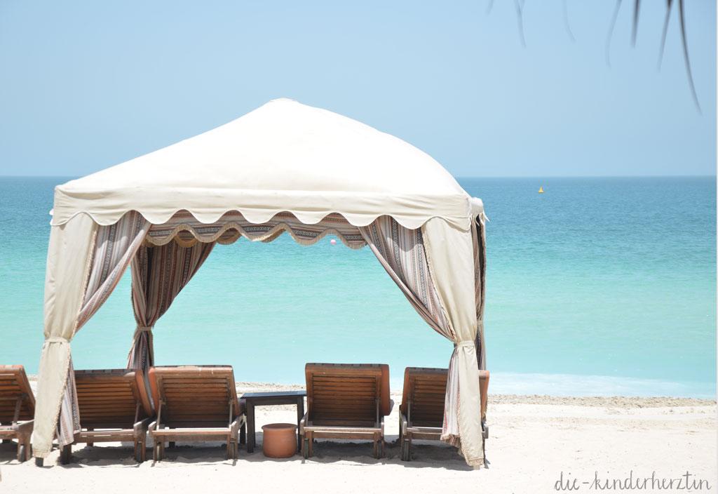 Dubai Dar al Masyaf Unterkunft Strand Pavillion