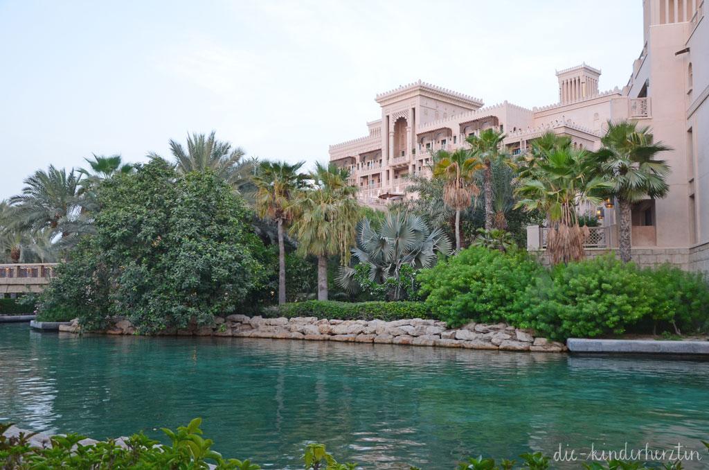 Dubai Unterkunft Dar al Masyaf Wasserstraße
