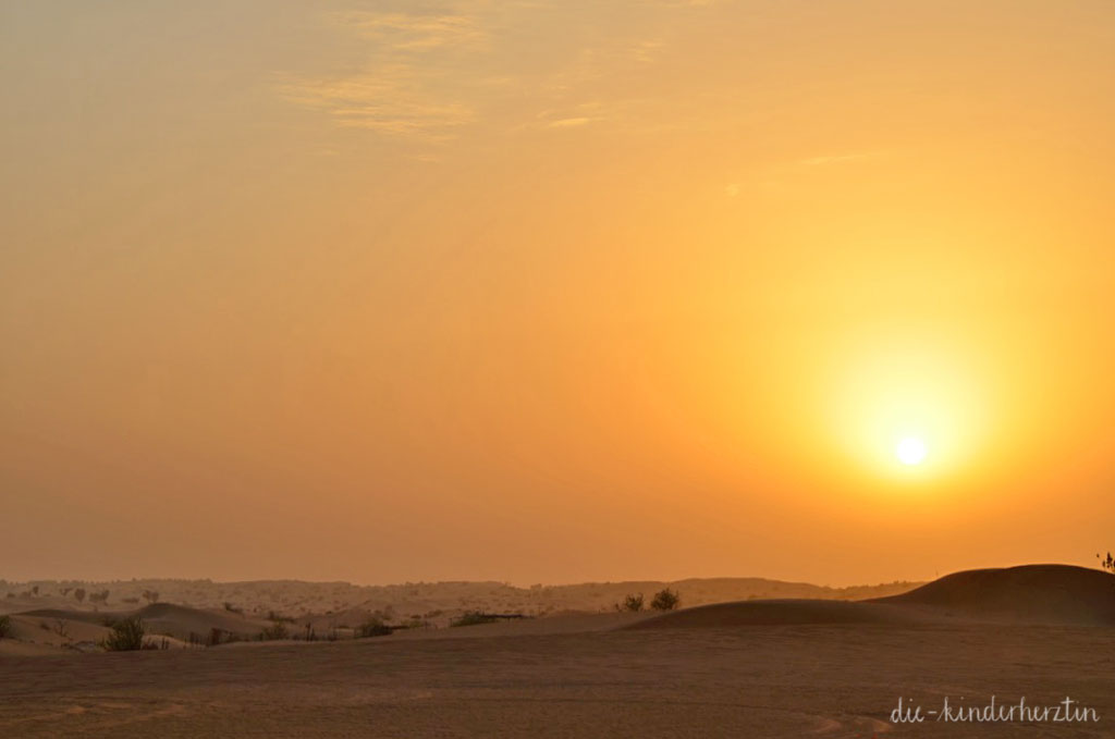 Dubai Sonnenuntergang in der Wüste