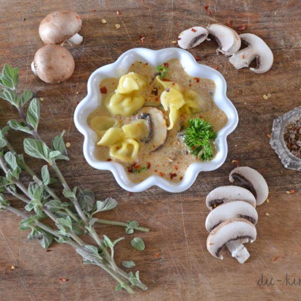 Rezept Pasta mit Pilzfüllung und Champignonsoße