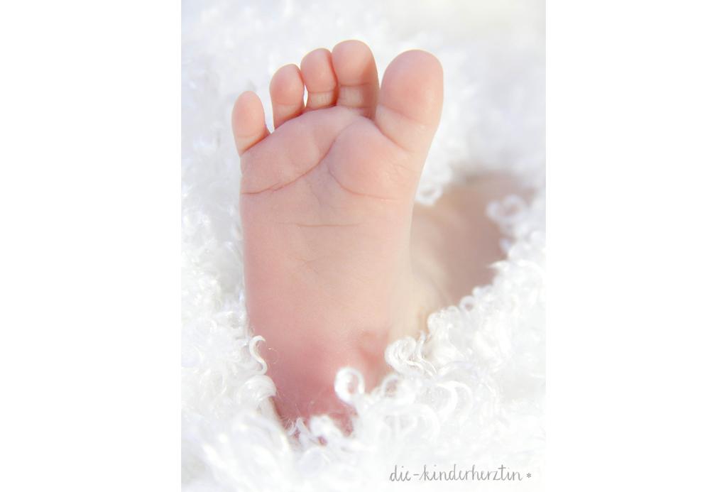 Geburtsbericht der etwas anderen Art die-kinderherztin Babyfuß