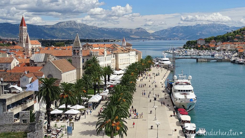 Kroatien Hafen von Trogir